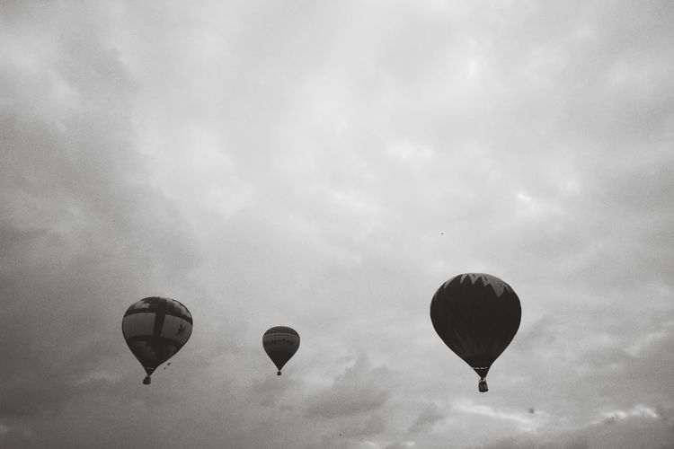Clouds And Sky Clouds Cloud White Clouds View Hotairballoon Hot Air Balloons Hot Air Ballooning Festival Sky And Clouds Sky_collection Aeronautics Baloon Balck And White Hot Air Balloon Ballooning Festival Flying Balloon Adventure Mid-air Sky Air Vehicle Tranquility Tranquil Scene Scenics The Great Outdoors - 2018 EyeEm Awards