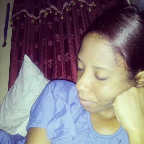 Tired Sleepy Waiteduptoolong Chocolatenredinmyhair piercedears nitenite