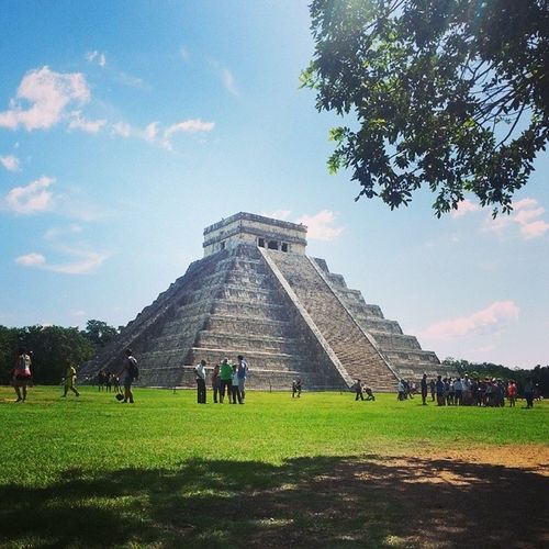 I saw one of the seven wonders of the world today! Chichenitza Amazing Mayan Sun temple