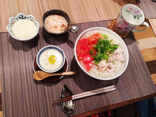 Today's Dinner 鶏肉とトマトの中華にゅうめん 枝豆のクリームスープ 息子のものは少し味を薄めていつも同じご飯を食べさせてます❤️my son always eats the same dish as us😋🍴👶🏻 Chicken And Tomato Chinese Nyumen Green Soybeans Cream Soup Ready-to-eat Healthy Eating Foodporn Food Porn Indoors  SoDelicious My Recipes Easy Food 創作料理