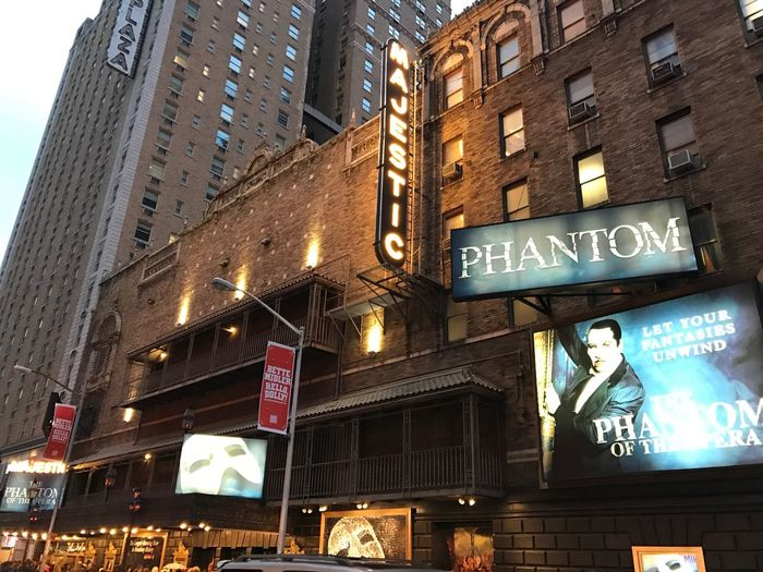Majestictheatre Broadway Show Theatre District Phantomoftheopera Phantom Of The Opera Opéra New York New York City 44thstreet Midtown Midtown Manhattan Manhattan 🎼🗽🇺🇸