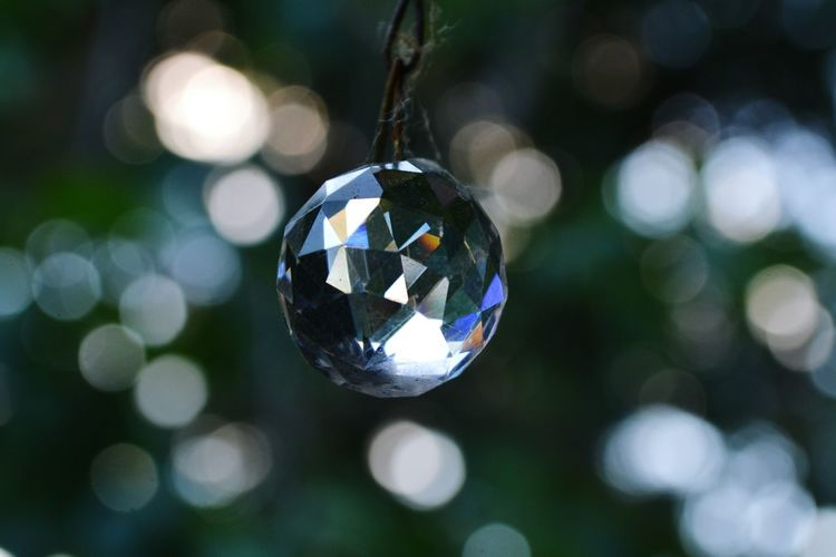 Hanging Christmas Celebration Tradition Reflection Holiday - Event Cultures Shiny Bauble Crystal Ball Round Crystal Geometric Shape Quartz Crystal Glassware