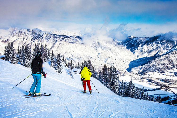 Lovely skiing day in Schladming, Austria Alpen Alps Amade Austria Cold Temperature Karinthia Mountain Outdoors Real People S Scenics Schladming Schladminger Tauern Ski Amade Ski Holiday Ski-wear Skiing Slope Snow Winter Österreich Österreich Kärnten