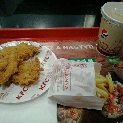 Food Foodporn Mutimiteszel KFC Kfclover