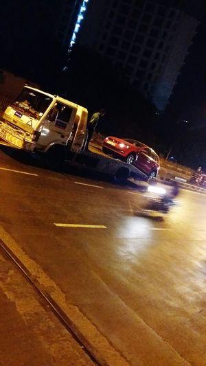 Car, stunt, on the road, Mumbai