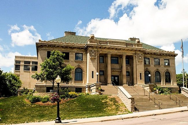Marquette Public Library Architectural Column Architecture Blue Sky White Clouds Building Building Exterior Built Structure Cloud - Sky Concrete Steps Day Green Grass Low Angle View Marquette Michigan Public Library Street Light Tree Upper Peninsula Old Buildings Old Architecture The Architect - 2016 EyeEm Awards