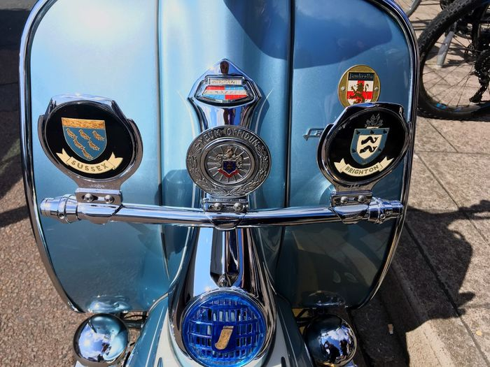 Sussex and Brighton Coat of Arms on Mod Scooter - Brighton Mod Weekender 2018 Coat Of Arms Close Up Brighton Mod Weekender Scooter Vespa Mods The Mods