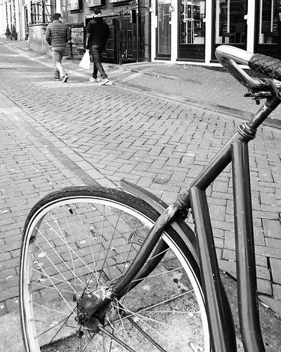 Mobilephotography Urban Life Bicycle Streetphotography Streetphoto_bw Blackandwhite Monochrome