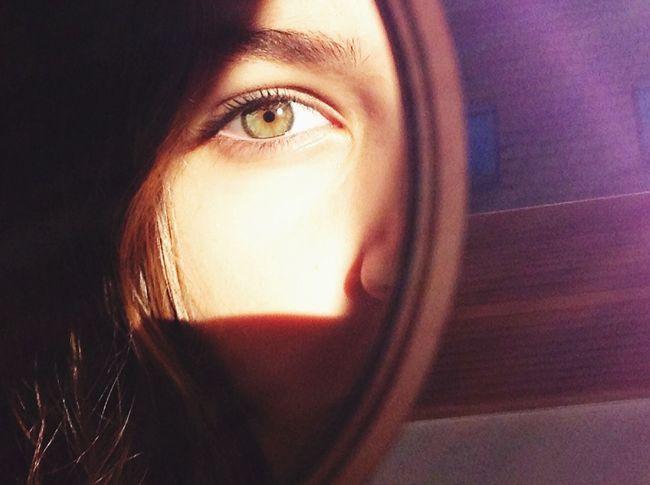 Green Eyes Mirrorselfie