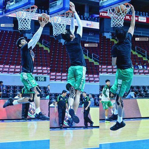 Slammed ⚡🏀 . . . NCAA Ncaa91 Ncaaseason91 CSBvsLPU juniors csb benilde LSGH greenies onelasalle hoop ballers ballislife basketball themanansala