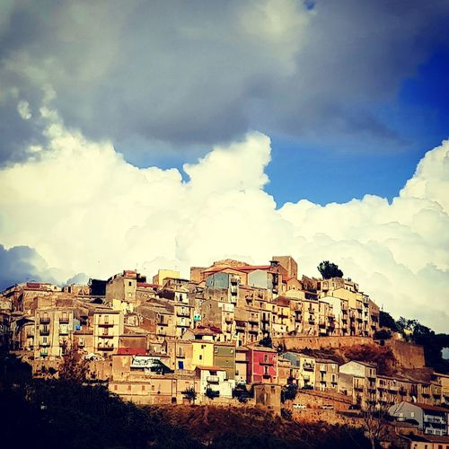 Palermo Calling Holiday Italia Palermo,Sicilia Sicily Sightseeing Vacations Apartment Architecture Building Building Exterior Built Structure City House Italy Lostplaces Nature Outdoors Residential District Settlement Summer Sunlight Town TOWNSCAPE Urban