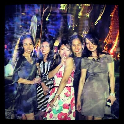 I miss you girls! Wish you were with me but you know what to do when everyone is back in the Kingdom, yeah? ;) Girls Girlfriends Sistersfromdifferentmothers Happy dubai february love life fun party