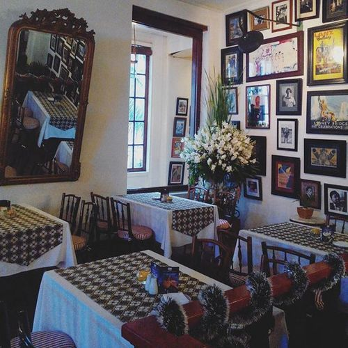 The Batavia Cafe, Kota Tua.. it. was the oldest cafe in town since the world war 2.. Couchsurfing INDONESIA Jakarta Travel City Tour