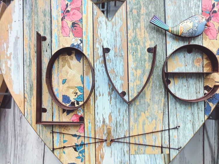 Wood - Material No People Close-up Heart Love Bird Romance Cute Text