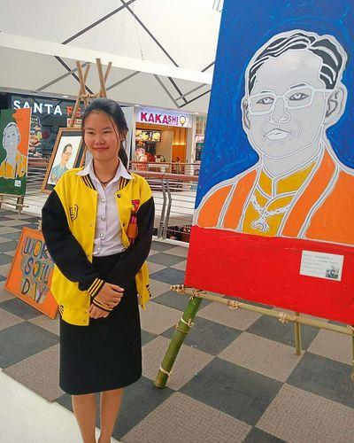 ราชาของฉัน💗 EyeEm Selects KINGDOM Thaiwoman Beautiful Woman Portrait Adult Adults Only Business Finance And Industry