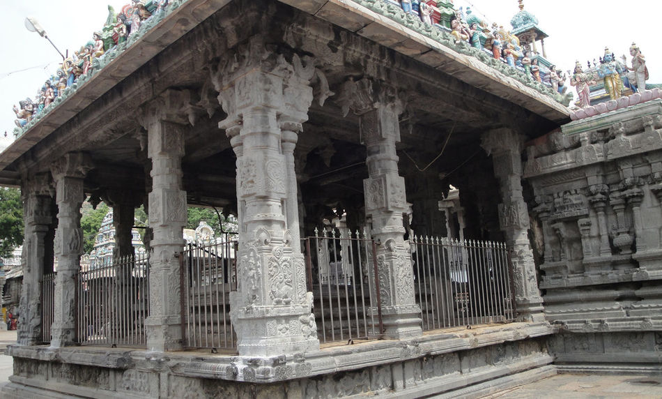 Ancient Architecture Ancient Building Gods History Indian Gods Indian Monuments Indian Temples Monuments Of India Monuments Of The World Peace Peace And Quiet Pillars Support Temples Of India