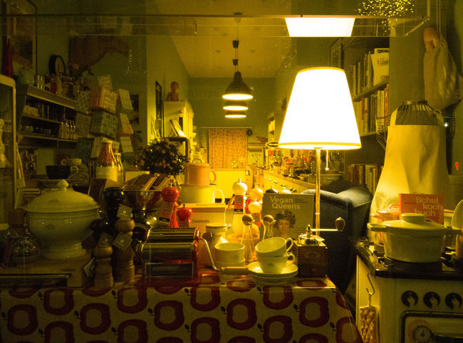 Arrangement Choice Container Crockery Decoration Domestic Room Electric Lamp Food And Drink Glass - Material Household Equipment Illuminated Indoors  Large Group Of Objects Light Lighting Equipment Night No People Restaurant Still Life Table Transparent Variation