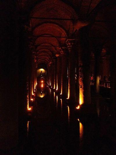 Citerne Istanbul Istanbul Turkey Golden Hour Gold Golden Moment Citerne Basilique Yerebatan Sarnıcı Yerebatansarayi Basilica Cistern Light And Shadow