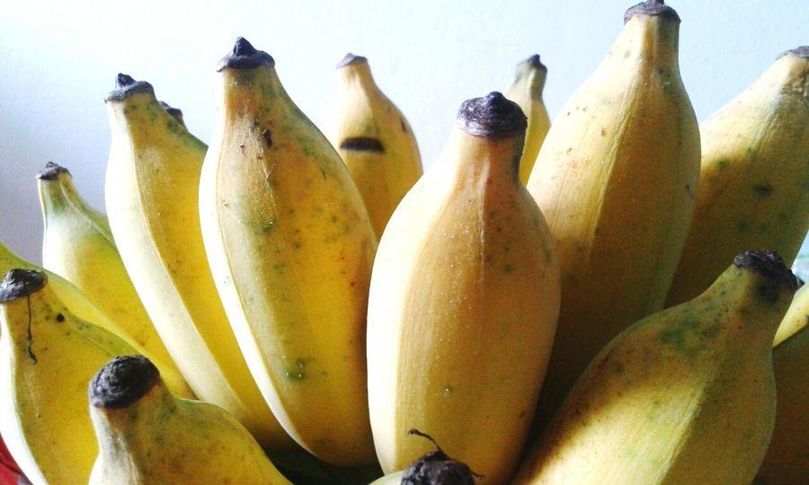 Bananas Ftuits Sweet Food Healthy Eating Fuits Nofat Food Food And Drink