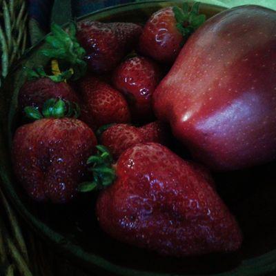 Frutilla  Berry Gastronomía Colores Frutosrojos Comida Postre Cocina Love Ilke Ilovefruits Frutas Apple Manzana Pasión  Delicia Rico Amor