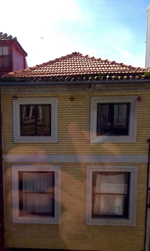 Reflex Mirrorreflection Mywindow PortoLovers Porto Typical Houses Sunny Day