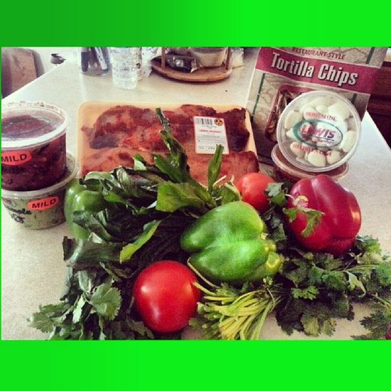 Fresh yum yumms! Love this store! Lewisproduce Sofrito Homemade Guacamole picodegallo salsa chicken chickenbreast chickenbewbs garlic allnatural yummy healthy food fitness