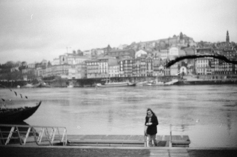Porto girl walking romantic view black and white argentique film photography 35mm Filmphotography 35mm Film Black & White Porto Romantic Scenery Young Women River Riverside