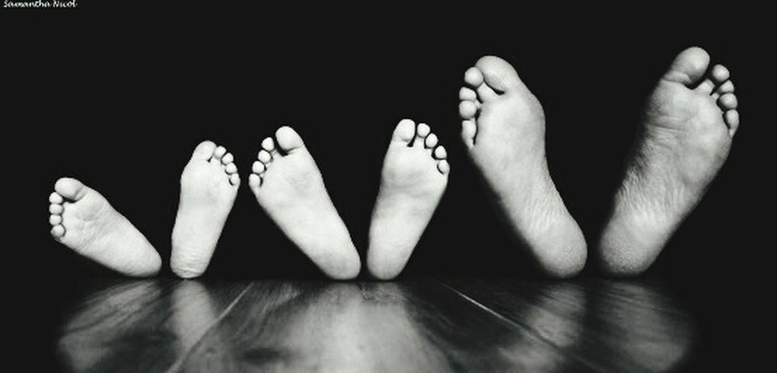 BigBiggerBiggest Foot 😂😉