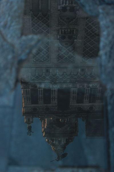 Acqua EyeEmNewHere Cattedrale History Riflesso Siviglia Window