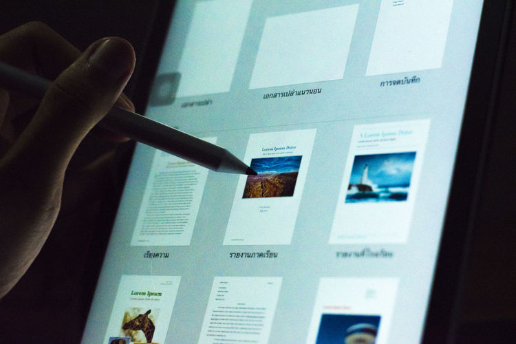 apple pencil Apple Pencil Human Hand Hand Real People Human Body Part One Person Finger Indoors  Human Finger Unrecognizable Person Body Part Communication Text Holding Lifestyles Western Script Close-up Touch Screen Technology Personal Perspective