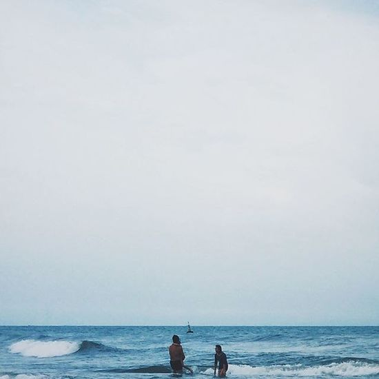 « sat.1.8.15 » VSCO Vscocam Vscodaily Vscovietnam Instagood Instamood Instagraphy Photoshoot Photooftheday Iphone5s Iphoneonly Iphonegraphy Throwback Blue Beach Sea Sky People