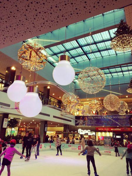 Alegro Shopping, in Alfragide - Portugal December 2016 First Eyeem Photo MerryChristmas Merry Christmas Merrychristmas❄️ Merry Christmas ♡ Happiness Alegria♥♥♥ Alegria :-) EyeEm Selects Urban Impressions