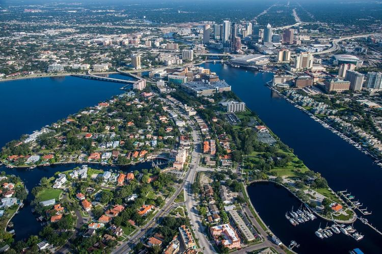 Buzzin around Tampa Photography Aerial View Aerial Aerial Photography City Cityscape Architecture Building Exterior River High Angle View Outdoors Skyscraper Built Structure Travel Destinations Helicopter Urban Skyline Nautical Vessel Day City Life Tampa Aviation Aviationphotography Aerial Shot Flight Citylife