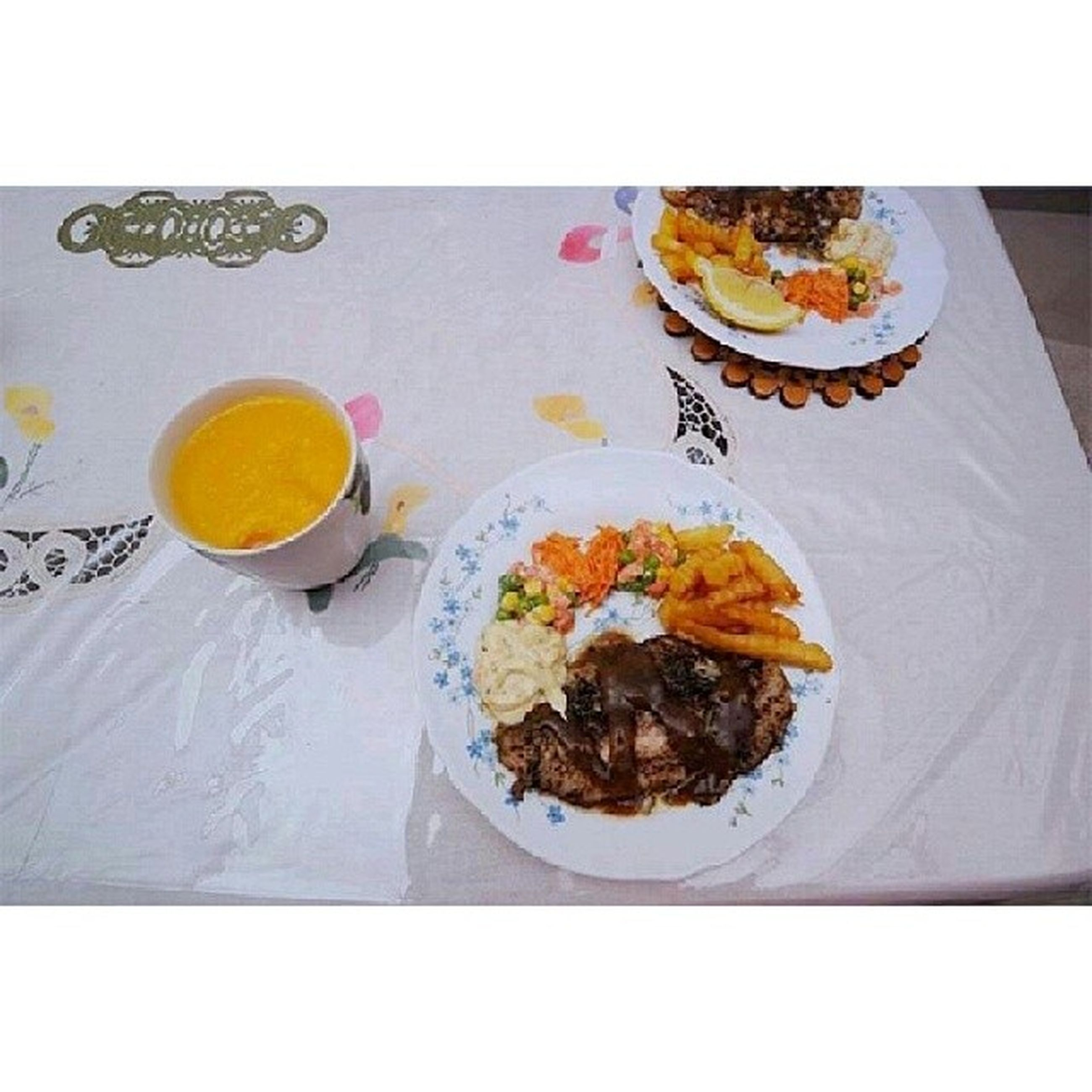 food and drink, freshness, food, table, indoors, drink, ready-to-eat, plate, healthy eating, refreshment, still life, serving size, meal, drinking glass, high angle view, served, bowl, breakfast, fork, meat