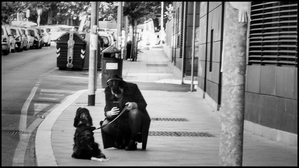 Day City Outdoors People Photography Nikonphotography Bnw Streetphotography Urban Nikon Blackandwhitephotography Goodvibes Fotografia