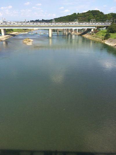 多摩川って、丸子橋付近でもそこそこきれい。