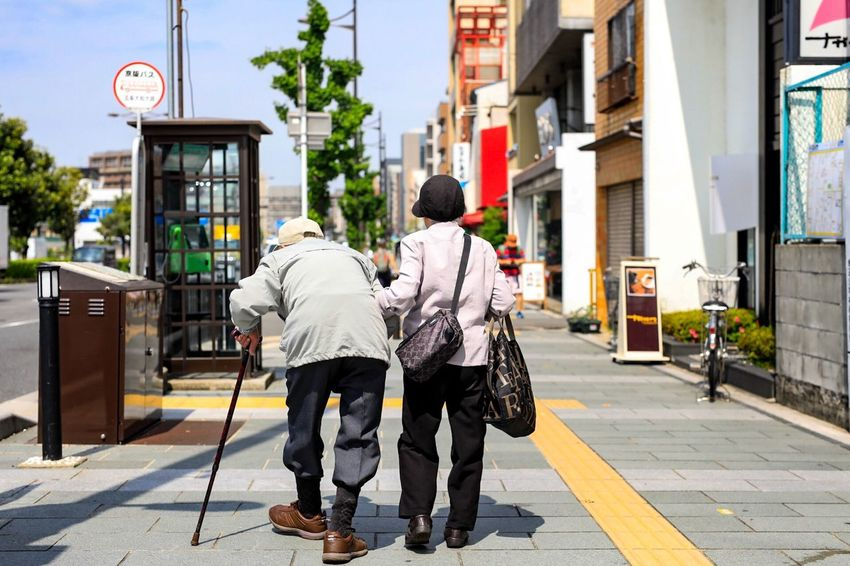 Live For The Story Couple The Street Photographer Capture The Moment Documentary Streetphotography Justgoshoot Japan Japan Photography Kyoto Japan Canonphotography Canon