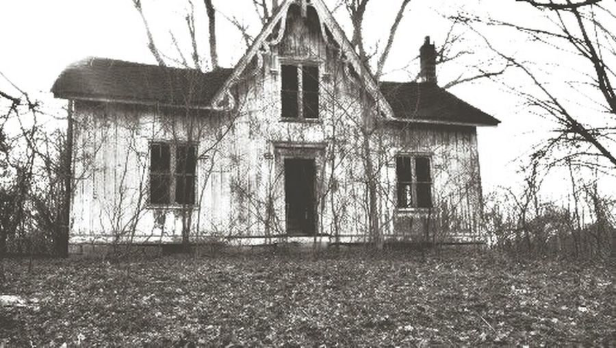 LaFayette, Ny Abandoned Buildings Abandonedplaces Haunted Places Check This Out Blk N Wht Blackandwhite Photography