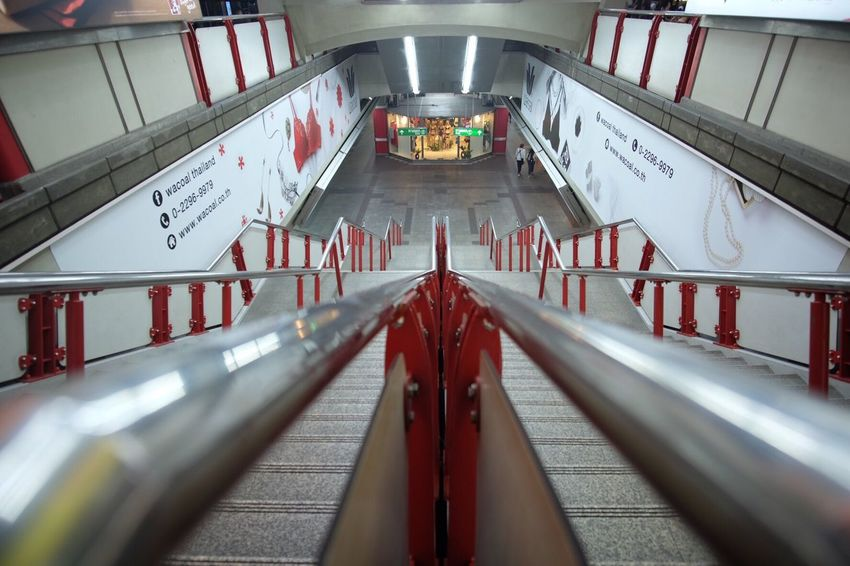 BTS Siam Bts Bts Skytrain Skytrainbangkok Bangkok Bts Transportation Tunnel Architecture No People Stairs