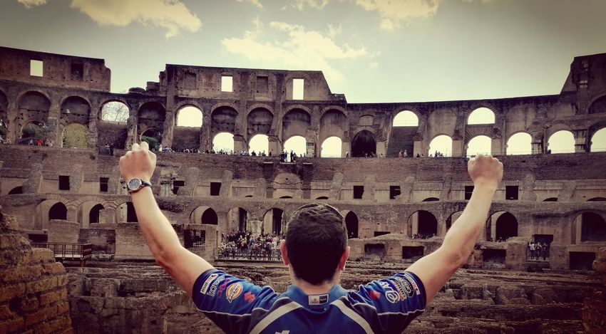EyeEmNewHere Travel Destinations Travel Only Men History City Men Architecture Day Rome Coliseum Invictus Gladiator Long Goodbye Long Goodbye Resist EyeEmNewHere Resist EyeEm Diversity Art Is Everywhere