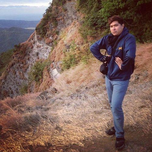 Peak Picodeloro Smize Fierce mountain fashion hiking trekking tyrabanks @tyrabanks photo by : rein