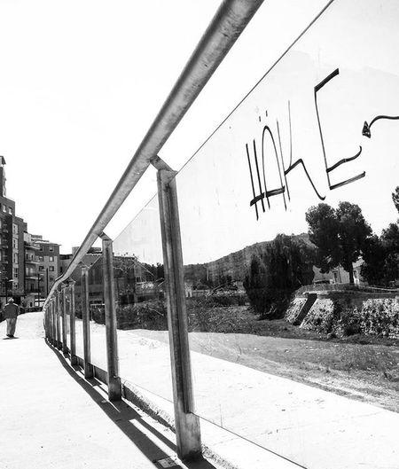 Graf Graffiti Urban Streetart Streetphoto Blackandwhite Blackandwhitephotography Bnw_maniac Bnwlife Bnwlovers Bnw Monochrome Mono