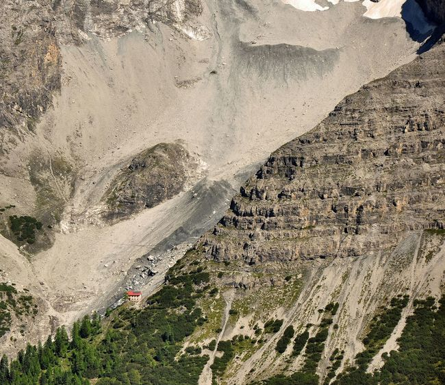 Berglhütte and Dreiferneweg in Stilfserjoch National Park Mountains Europa Wildnature Mountaineering South Tirol Südtirol Ortler Alpen Stilfserjoch Berglhütte Feel The Journey