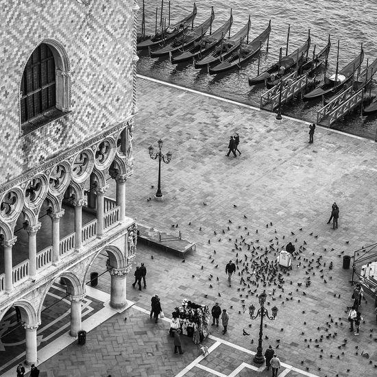 Bw_collection Monochrome Streetphoto_bw Blackandwhite Streetphotography Black And White Architecture_bw Venice Venezia