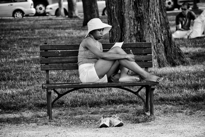 Street Photography Relaxing Storytelling Snapseed Blackandwhite Photography Capture The Moment Narratives Contemporary Taking Photos Nationalmall WashingtonDC Street Life Enjoying Life Light And Shadow Streetphotography