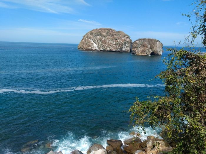 Los arcos puerto Vallarta Los Arcos Marine Park Mexico Puerto Vallarta Sea Water Beauty In Nature Sky Rock Blue Beach Horizon Over Water Scenics - Nature Outdoors Land Nature Rock - Object Day Solid Tranquility Tranquil Scene Tree No People Plant