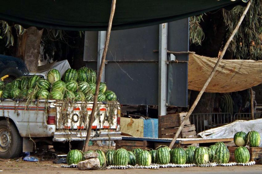 Day Fruit Fruit Frais Marchand Ambilant Marchandise No People Offre Outdoors Pastèques Presentation Route