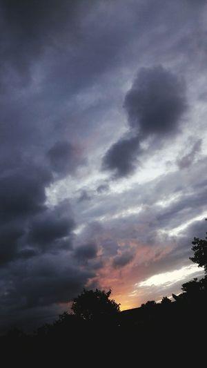 nubes en opuesta First Eyeem Photo