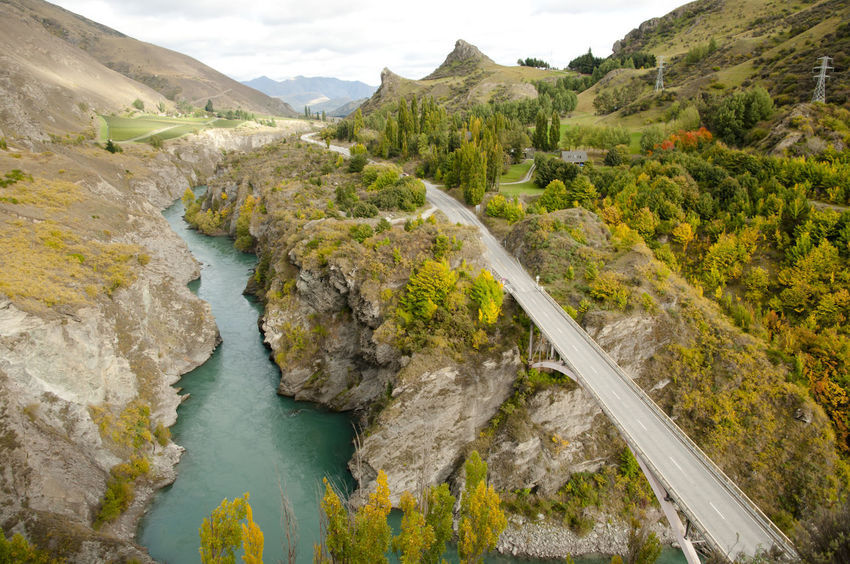 Kawarau River - New Zealand LOTR NZ Road Kawarau River Landscape New Zealand