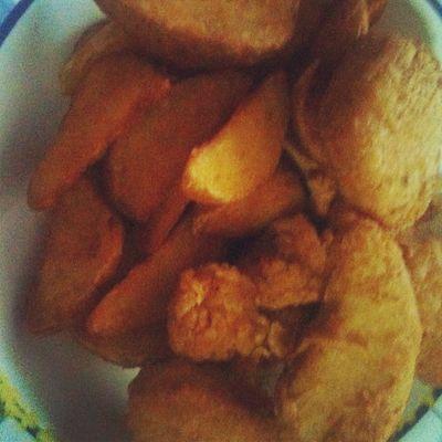 Kuch Na Kaho + wedges n nuggets :D